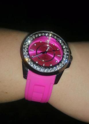 Женские наручные механические часы
