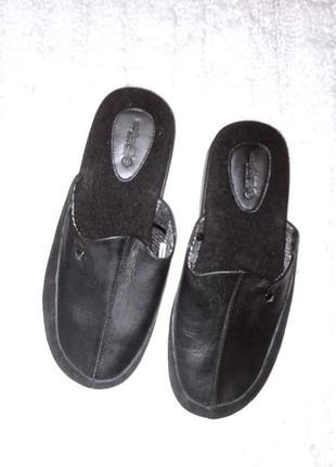 Мужские домашние комнатные тапочки чёрные кожаные