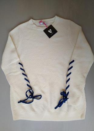 Вязанный свитер с имитацией шнуровки на рукавах