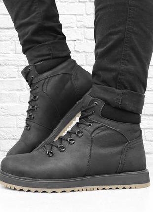 Зимние мужские кожаные ботинки boomer. черные.