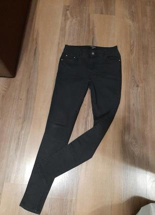 Джинсы узкие, узкие джинсы