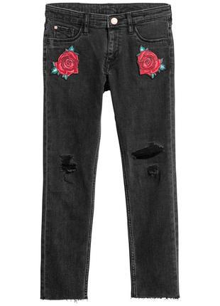 Стильные джинсы скинни для маленькой модницы