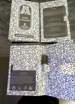 Attar collection musk kashmir_original mini vial spray 2 мл книжка миниатюра пробник7 фото