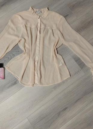 Блуза из лёгкой ткани