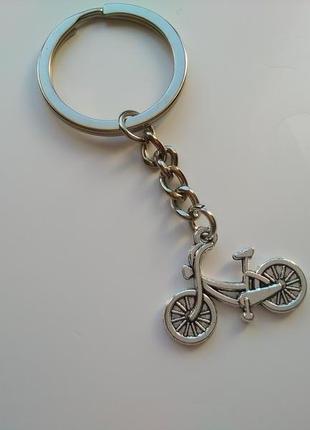 Новый металлический винтажный двухсторонний брелок велосипед с большим кольцом