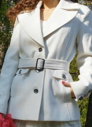 Пальто молочное incity 44 размер