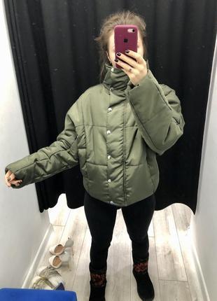 Стильная демисезонная куртка оверсайз на молнии зелёная boohoo, asos