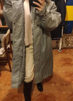 Демисезонное зимнее стеганое пальто плащ пуховик миди оверсайз