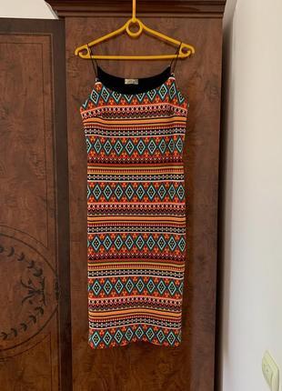 Брендовое платье плаття