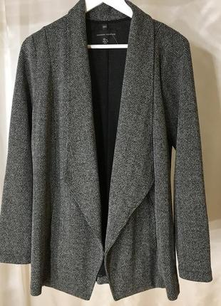Удлинённый пиджак кардиган с карманами в елочку dorothy perkins