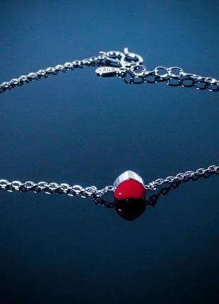Браслет на цепочке женский красное сердце