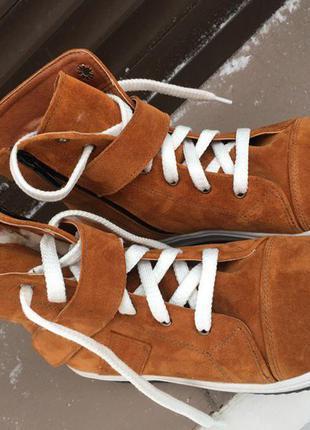 Нереально крутые ботинки зима натур замш есть наложенный