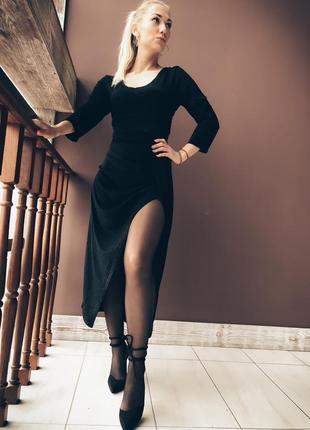 Чёрное платье люрекс