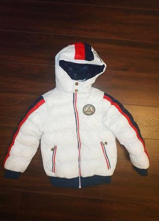 Пуховик-куртка на 5-6лет