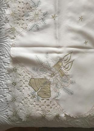 Скатерть праздничная рождественская новогодняя с вышивкой