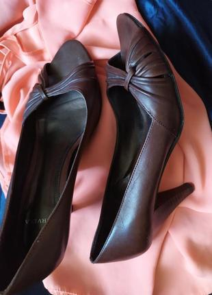 Испанские иуфли на удобном каблуке
