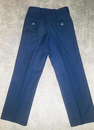 Школьные классические брюки.