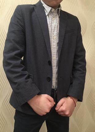 Классический пиджак для мальчика h&m
