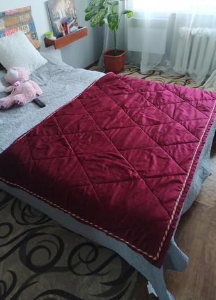 Коврик для ліжка
