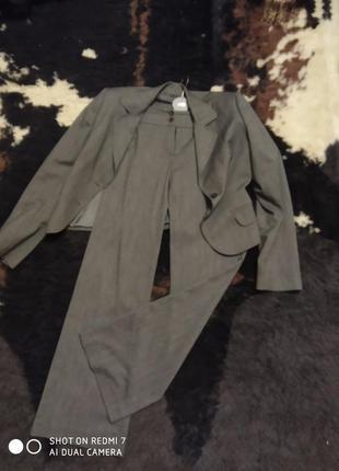 Брендовый отличный костюм monika ricci