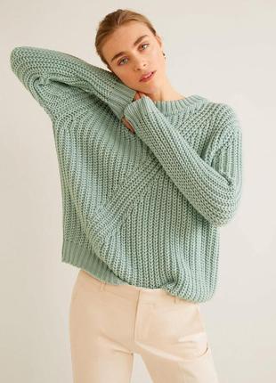 Уютный свитер от mango
