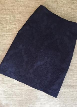 Юбка в синем цвете из фактурной ткани фирмы zara