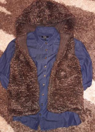 Очень класная и теплая жилетка pull&bear