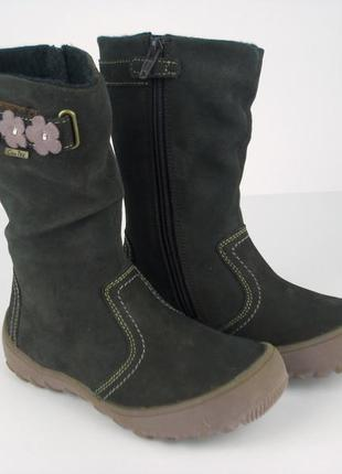 Демисезонные теплые сапоги от испанского бренда gioseppo .