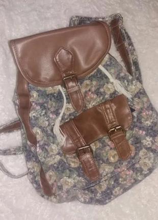 Продам рюкзак фирмы accessories