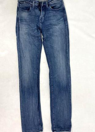 Джинсы стильные, фирменные calvin klein jeans