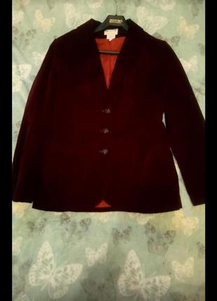 Бархатный пиджак винного цвета