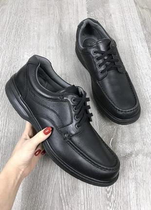 Мягкие туфли большого размера clark's.
