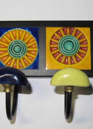 Оригинальная вешалка на 2 крючка керамика