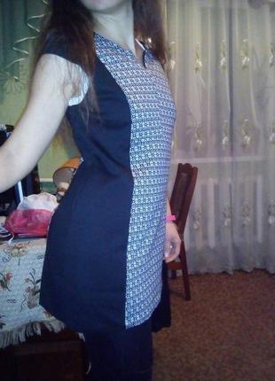 Классное мини-платье next
