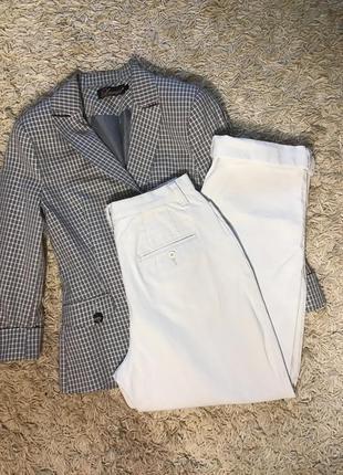 Светло серые брюки eddie bauer