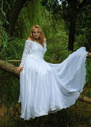Платье бальное (свадебное)