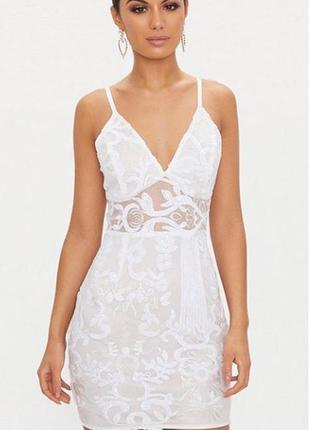 Платье в пайетках prettylittlething