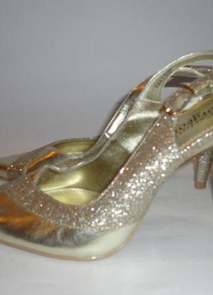 Туфли красивенные!!! corceous р.36