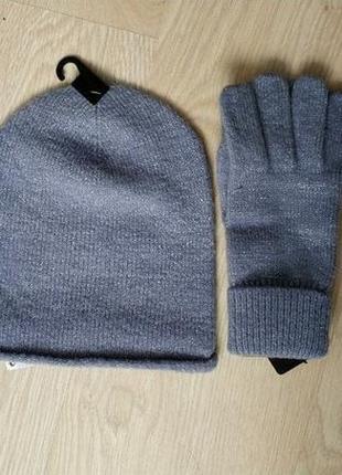 Женская шапка и перчатки mango