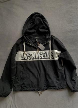 Forever 21 новая стильная  курточка, анорак