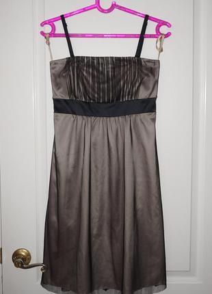 Праздничное платье с бретельками и фатином с/м