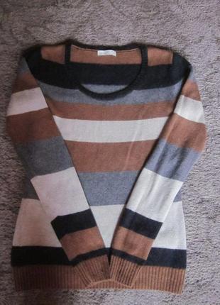 Фирменный теплый свитер размер xs-s. германия