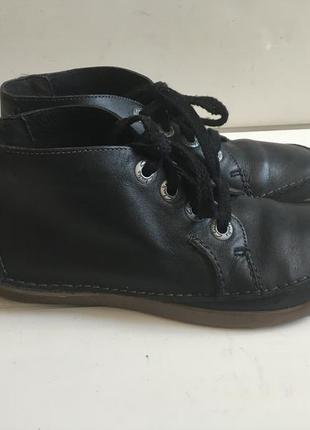 Кожаные деми ботинки clark's р.40-41