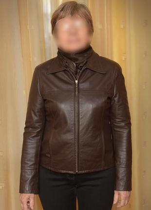 Легкая кожаная курточка на весну или осень