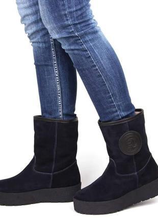 Зимние ботинки угги