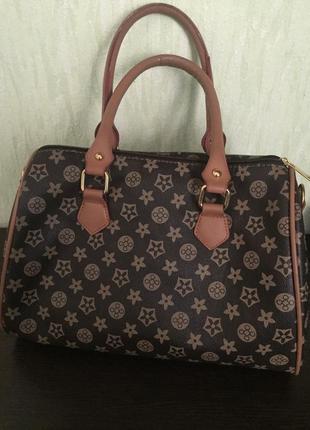Красивая сумочка под бренд louis vuitton speedy