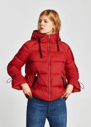 Теплая красивая куртка пуховик пуффер анорак капюшон с кожаными деталями zara