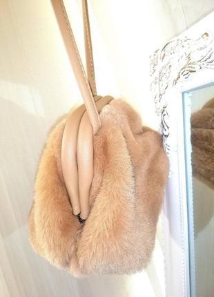 Стильная мягкая сумочка клатч