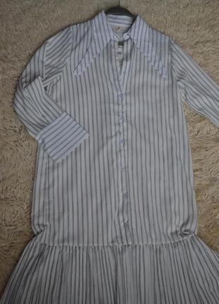 Белое шифоновое платье-рубашка в полоску