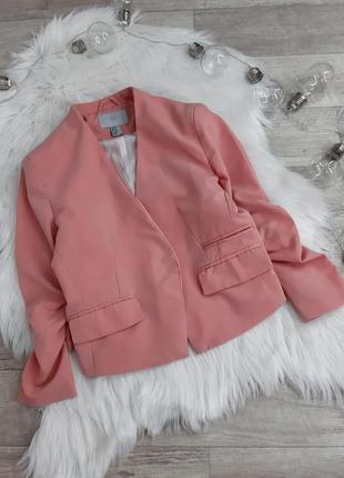 Короткий нежно розрвый пиджак h&m